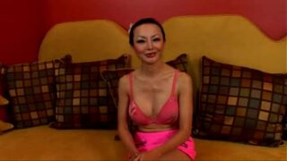 Asian Ange Venus takes it up the ass Load18xxx